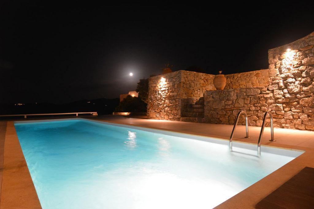 hotels with pool mykonos